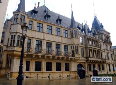 Flash Promosyon Sömestr Benelux Paris Onur Hy Ile