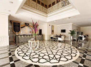 Merıt Crystal Cove Hotel